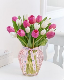pink-white-tulip-vase