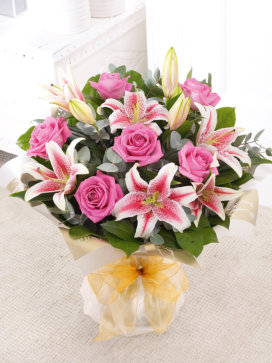 Pink-Rose-and-Lilly-Handtied